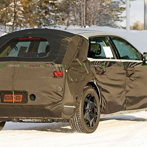 Hyundai-45-ev-production-version-first-spy-photo